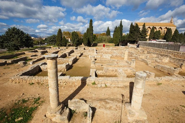Visitando la ciudad romana de Pollentia