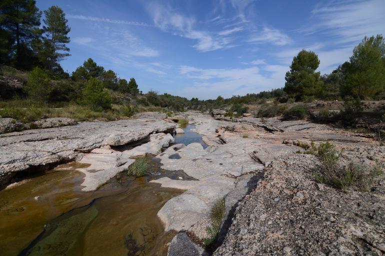 Lecho de roca esculpido por el río Algars