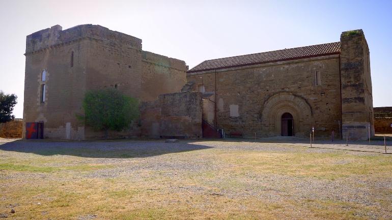 Vista exterior del Castillo de Gardeny