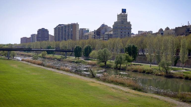 Río Segre a su paso por Lleida