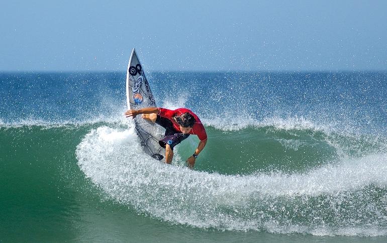 Surf en Playa Jacó
