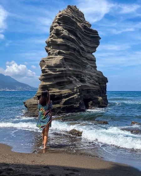 Ciraccio Beach Foto di @carmenestherartusi
