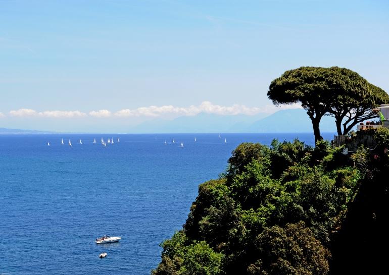 Vistas del golfo de Nápoles desde Procida