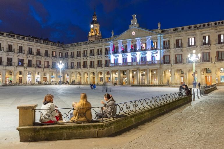 Plaza nueva de Vitoria. Foto Diputación Foral de Álava
