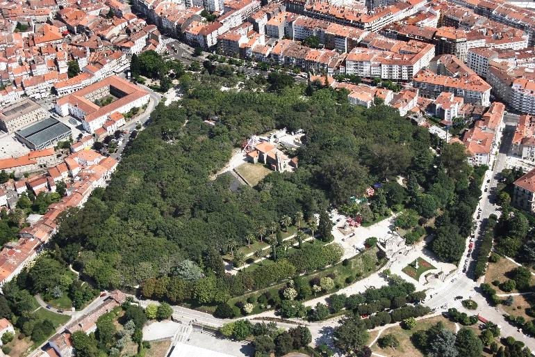 Vista aérea de la Alameda De Santiago de Compostela