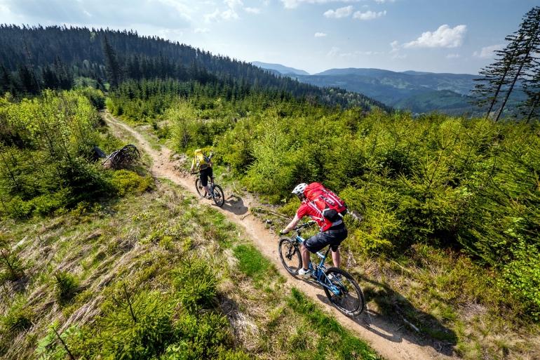 Los amantes del ciclismo adoran la República Checa para hacer recorridos en bici @Petr Slavík