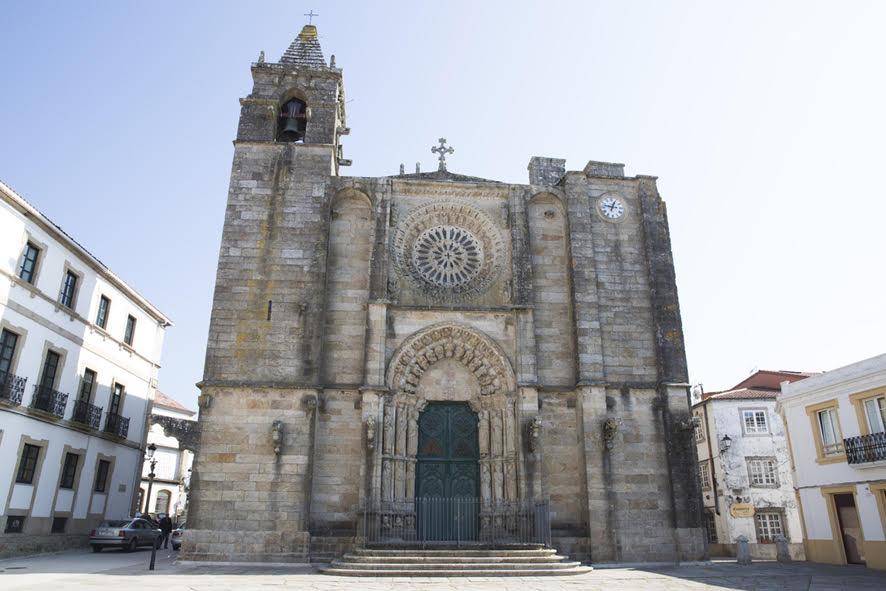 Iglesia de San Martiño de Noia