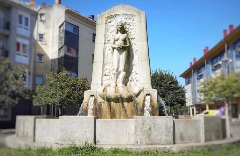 Plaza Mahía de Bertamiráns